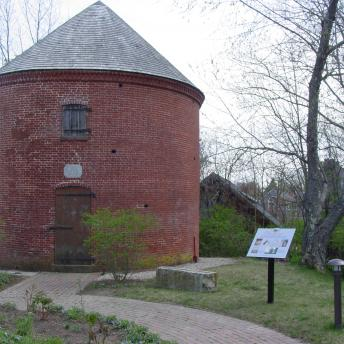 Powderhouse and Historic Marker